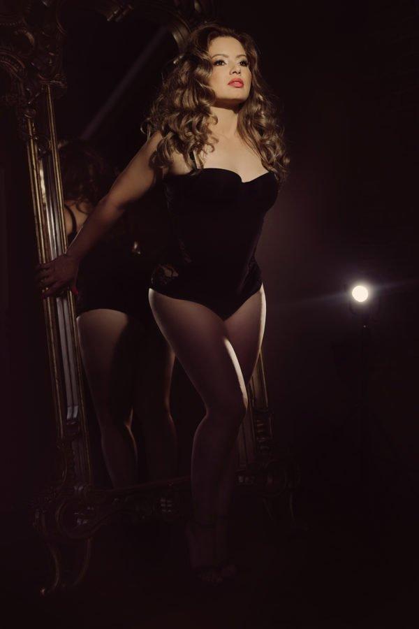 woman wearing La Parla bodysuit in a boudoir photoshoot